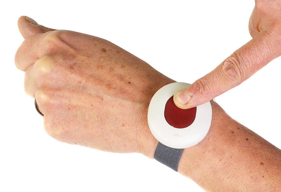 bracelet d 39 alerte m dicale d 39 urgence bouton panique personnes g es. Black Bedroom Furniture Sets. Home Design Ideas